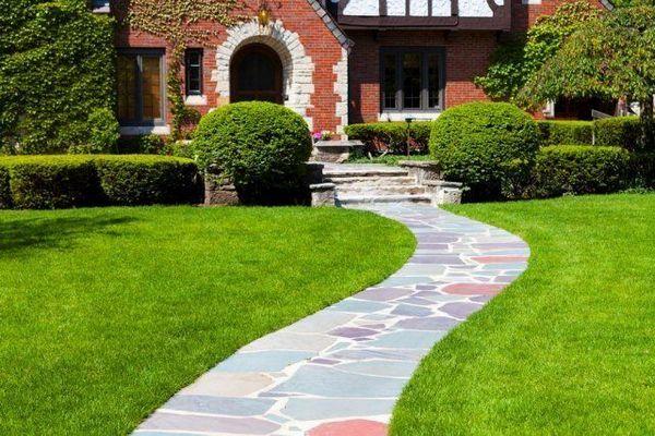 16 nápadov, z ktorých si môžete urobiť krásnu a praktickú záhradnú cestu 17