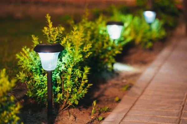 Să fie lumină! - 5 idei câștigătoare pentru iluminarea grădinii 3