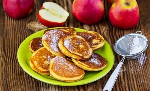Prăjituri de mere