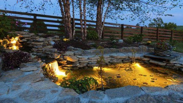 Osvetlenie záhrady: dodržiavame pravidlá as inšpiráciou 12