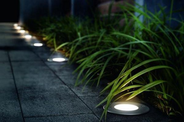 Osvetlenie záhrady: robíme pravidlá a inšpirujeme 9